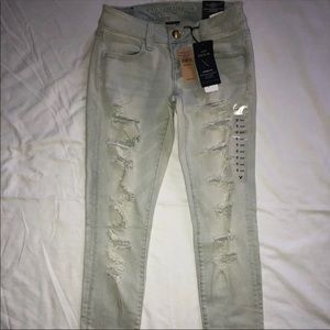 NWT American Eagle destroyed jean jeggings 0 Short